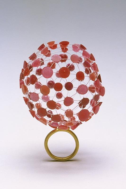 Shannon Carney, ring, gold, resin, 2006