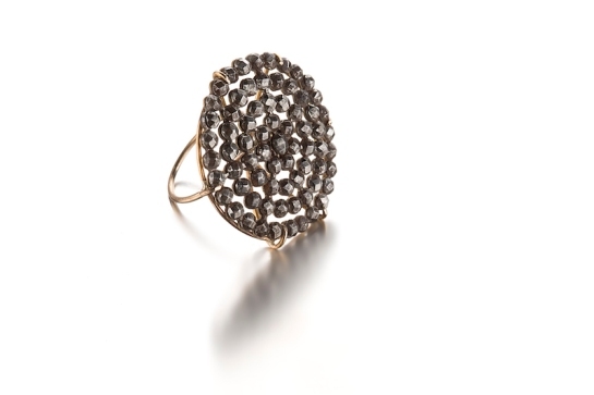 "ring, 2014 Victorian ""steel cut "" button , white gold"
