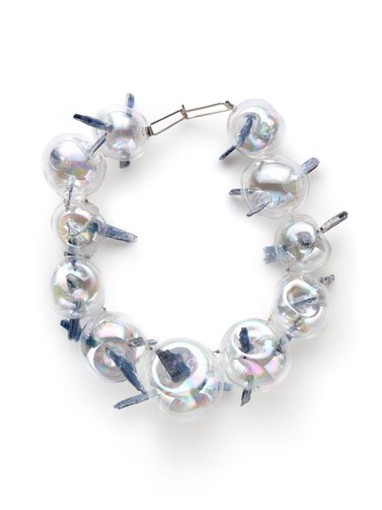 Federica Sala, Unbearable Lightness, Neckpiece, 2015, Glass, Cianite, Silver