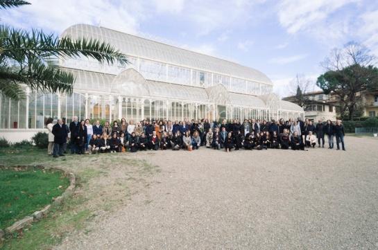 Laborotrio di oreficeria realizzato dalla scuola Alchimia, presso il giardino dell'Orticoltura, Firenze. Novembre 2015