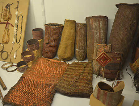 03_aigner_indig_collections_baskets_etc_in_florence_450w